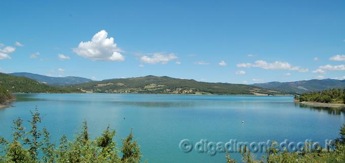 Lago di montedoglio pesca foto notizie sulla diga di - Lago lungo bagno di romagna ...